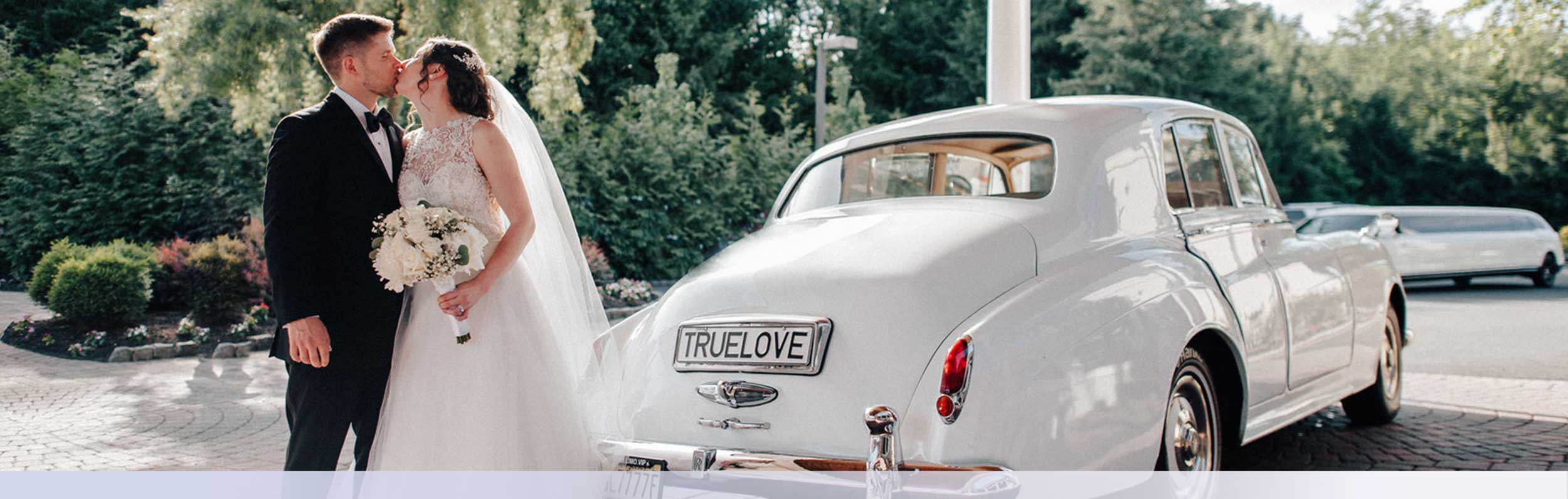 Vintage Car Wedding Reception Drop Off
