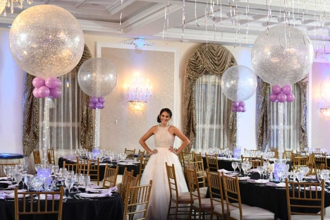 Amazing Sweet Sixteen Bat Mitzvah Venue Balloon Decor