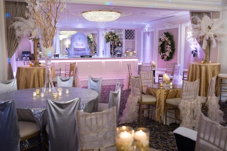Elegant Holiday Corporate Event Venue