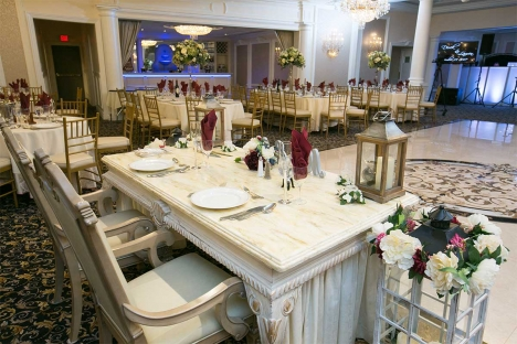 Elegant New Jersey Wedding Reception Venue Sweetheart Table