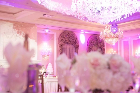 Elegant New Jersey Wedding Reception Venue With Cake