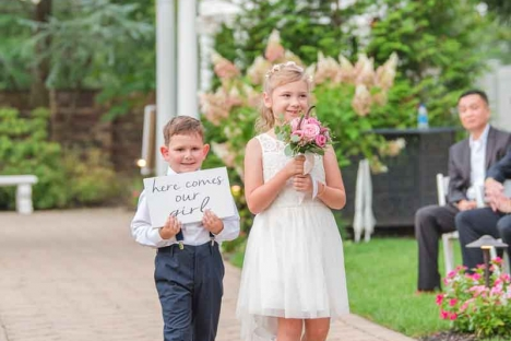 Outdoor Wedding Ceremony Venue Flower Gril Ring Bearer